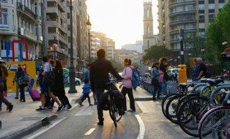 La bicicleta, el mitjà de transport urbà que s'associa a una millor salut mental