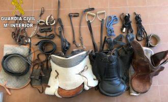 Detingudes 29 persones per robatoris amb força a Bunyol