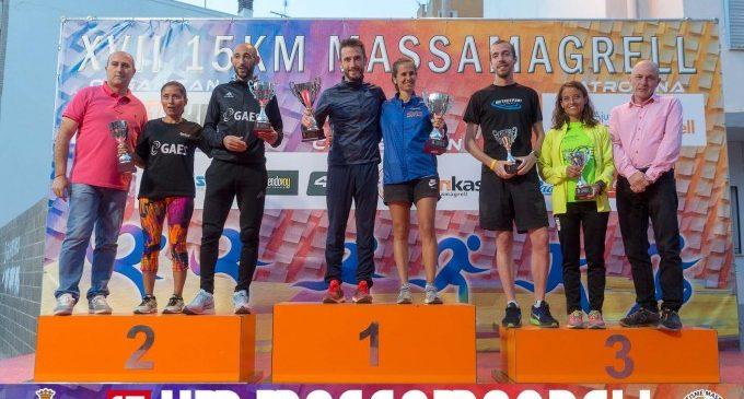 CarlesCastillejoi CristinaJordánvencedors de la XVII edició de la 15KM de Massamagrell davant més de 2.000 corredors