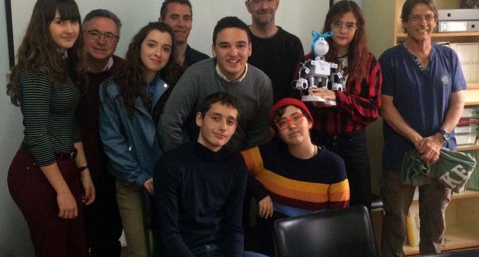 Alumnat de Paiporta realitza curtmetratges protagonitzats per robots