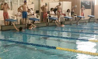 La piscina del Poliesportiu municipal recupera les competicions oficials