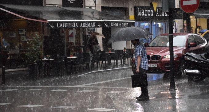 Fortes pluges assoten València