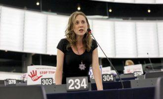 Marina Albiol dimiteix com a portaveu d'IU a Europa després d'acusar a la Direcció d'inacció en casos d'assetjament laboral