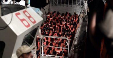 Los 629 refugiados del barco Aquarius llegan este domingo a Valencia