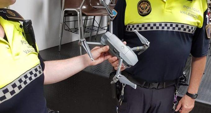 Intervenen un dron sobrevolant el carrer Jorge Juan a 10 metres d'altura