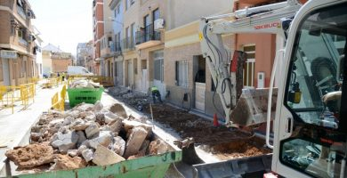 Empiezan las obras de renovación de aceras y redes de agua potable en las calles San Joaquín y San Ramón