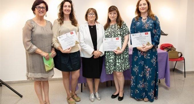 Mª Amparo Pérez i Laura Cabedo guanyen el XI Certamen de Relat Curt de Mislata