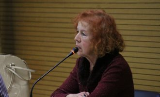 Godella proposa una nova regulació per a subvencionar els comerços que promocionen l'ús del valencià