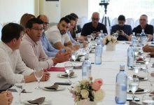 """Rodríguez als empresaris de Xàtiva: """"El vostre paper és decisiu per a l'ocupació i el creixement de la ciutat"""""""