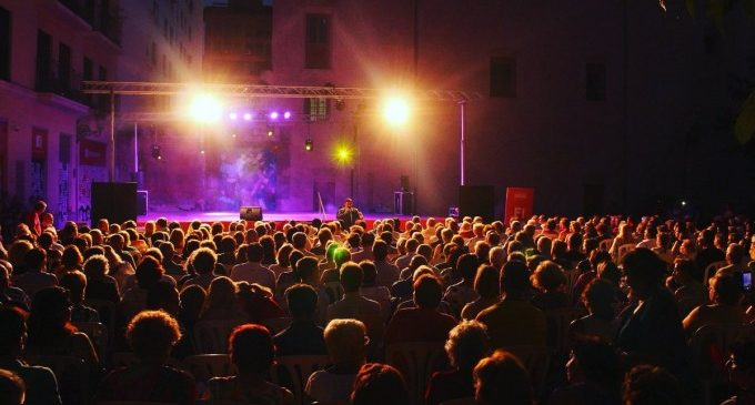 València se transforma en un gran escaparate cultural con la Gran Nit de Juliol