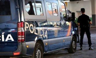 Detinguts cinc joves per participar en una reyerta aquest diumenge de matinada en Marítim