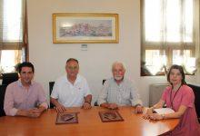 El músic Gómez d'Edeta dóna el seu fons documental al municipi de Llíria