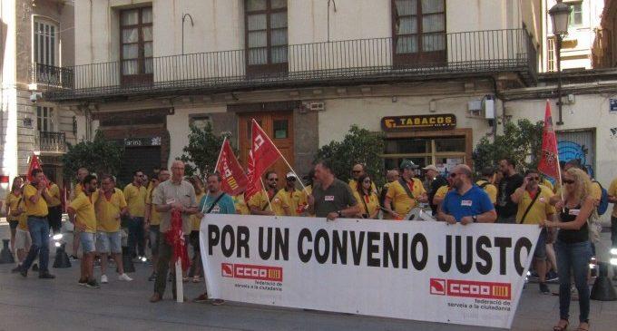 Els empleats d'ambulàncies demanen la intervenció de la Generalitat en la negociació amb els empresaris