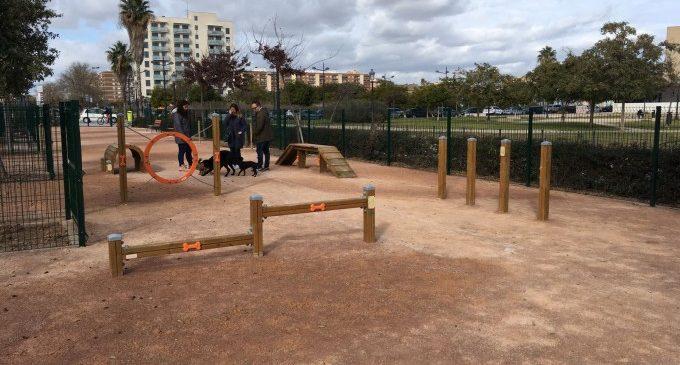 València segueix apostant pels parcs per a gossos