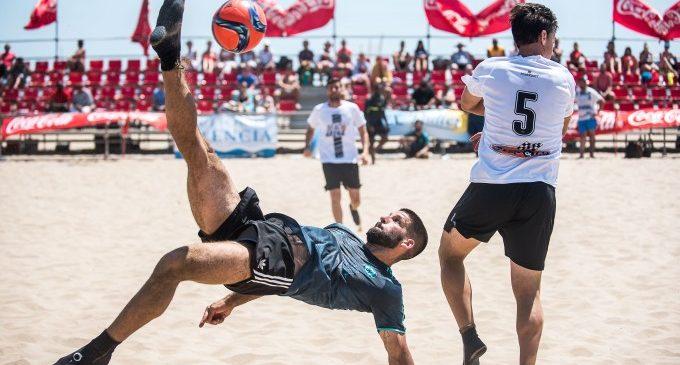Arranca el XXV Trofeo Ciudad de Valencia de Fútbol Playa con un equipo integrado por migrantes del Aquarius