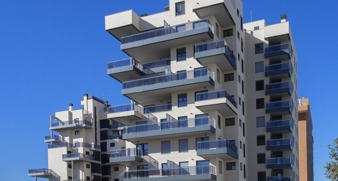 """Gómez: """"La Llei de Turisme ha frenat les inscripcions de pisos turístics"""""""
