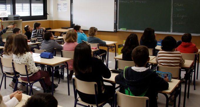 Torrent destina més de 80.000 euros a beques escolars
