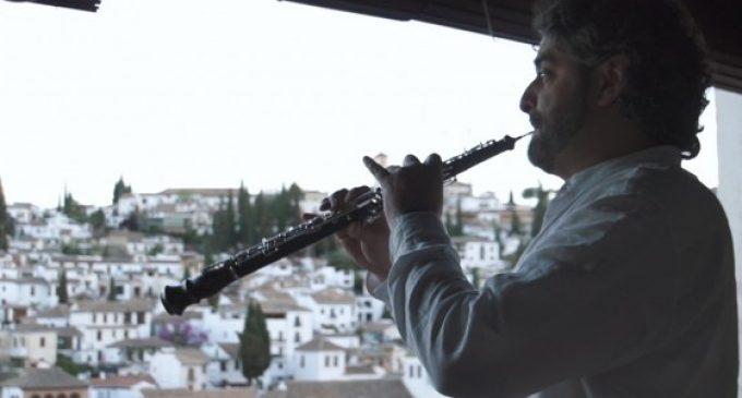 El valencià Higinio Arrue, entre els 500 músics que aspiren a Granada al Guinness ensemble vent fusta