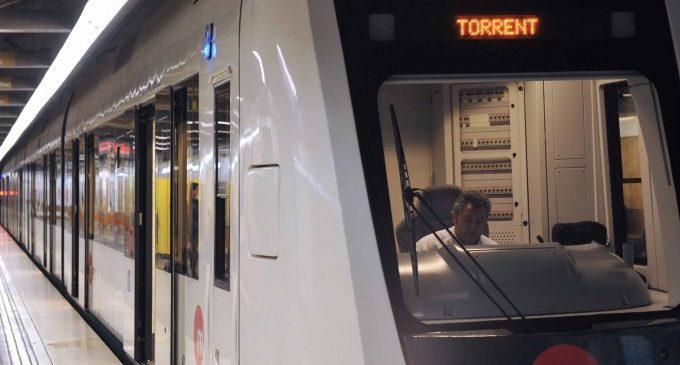 FGV denuncia l'incident provocat en el metro de València per un grup religiós