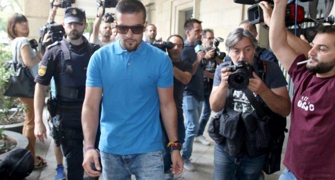 L'Advocat creu que l'arrest d'un membre de la Manada per robatori no afecta a la seua llibertat