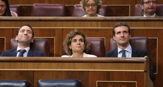"""PP s'abstindrà en el decret per a exhumar a Franco, però Casado insisteix que és una """"cortina de fum"""""""