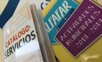 Alfafar inicia el reparto de los nuevos catálogos de servicios y actividades