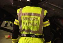 """Els bombers demanen una pujada salarial i més plantilla però la """"llei Montoro"""" ho impedeix"""