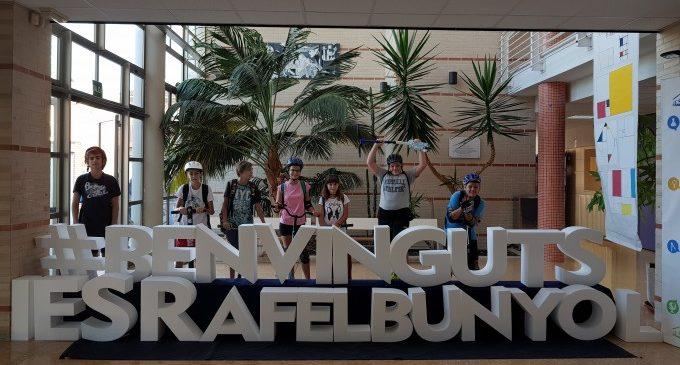 L'alumnat de Rafelbunyol s'afegeix al dia europeu sense cotxe
