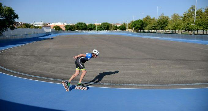 La nova pista de patinatge de velocitat de Paiporta s'estrena amb dues classes magistrals obertes al públic