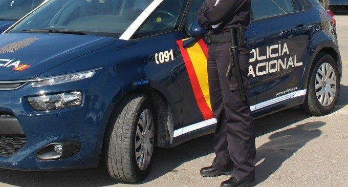 Detingut un atracador després d'amenaçar amb un ganivet a una menor en una parada del TRAM