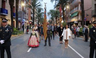Torrent celebra el Nou d'Octubre con la tradicional procesión cívica y homenaje a Jaume I