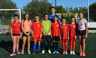 L'escola de l'Unió Benetússer Favara tindrà un equip femení per primera vegada en la seua història