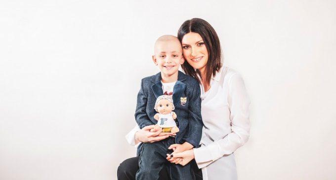 Laura Pausini dissenya el nou Baby Pelón de Juegaterapia