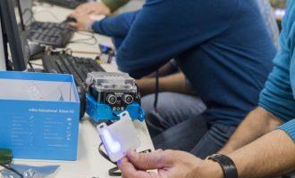 L'IES l'Om de Picassent participa al projecte de robòtica 'Momo'