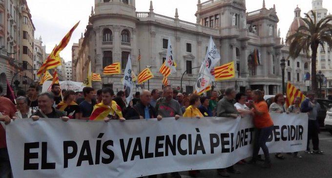 Tres manifestacions i una concentració convocades el 9 d'octubre