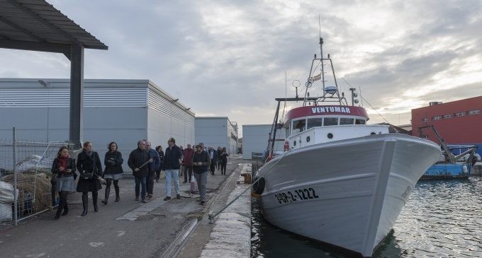 Una visita a la Llotja de peix del port tanca les V Jornades Gastronòmiques d'Arrossos Mariners de la Platja de les Arenes