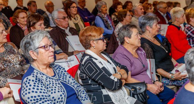 Els centres de dia municipals per a persones majors seran gratuïts a partir de gener