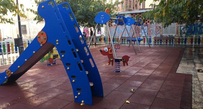 Finalizada la nueva zona de juegos infantiles de Ciutat Vella
