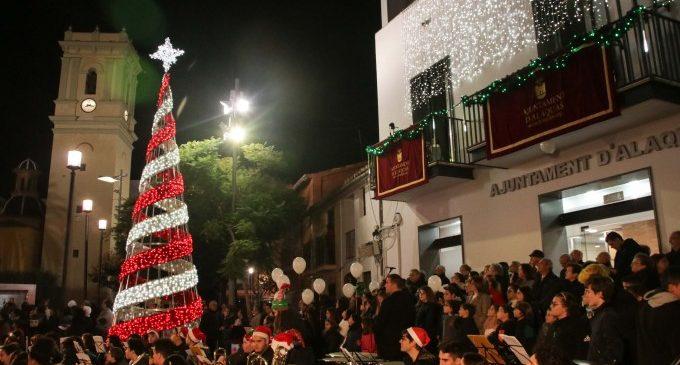 Alaquàs dóna la benvinguda al Nadal 2018 amb el pregó i l'encés de l'arbre
