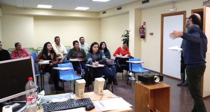 Escola d'Acollida per migrants de l'Ajuntament de Puçol