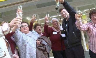 La Loteria de Nadal somriu a Manises amb tres premis en la mateixa administració i rega amb 44 milions a Alacant