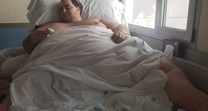 Teo, el jove valencià amb obesitat mòrbida, rep l'alta aquesta setmana després de baixar a 290 quilos