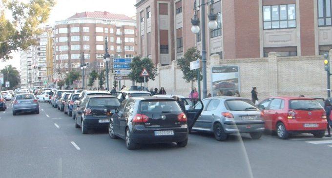 Ja han començat les obres de segregació del carril EMT-Taxi de Jacinto Benavente