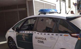 Detingudes quatre persones per atracar cinc vegades un mateix saló de jocs de Catarroja