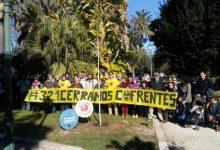 Tanquem Cofrents homenatja les víctimes d'accidents i atacs nuclears amb la plantació d'un ginkgo en Vivers
