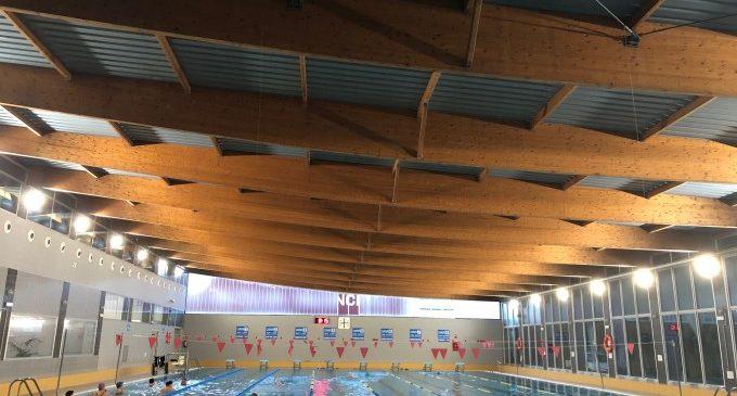 El nou sistema d'il·luminació de la piscina d'Alaquàs reduirà un 40% del consum energètic