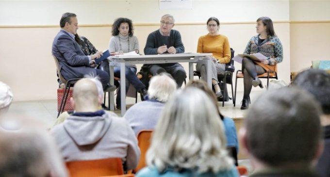 """Ribó analitza amb els veïns de Natzaret les millores que necessita el barri """"a curt, mitjà i llarg termini"""""""
