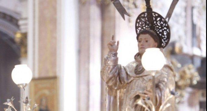 Transcriuen al castellà el manuscrit de la canonització de Sant Vicent Ferrer després de 15 anys d'investigació