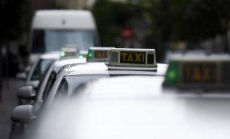 """La Generalitat """"respectarà els temps"""" abans de pronunciar-se sobre la proposta del sector del taxi per a regular els VTC"""