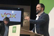 Abascal (VOX) vol perseguir a aquells que presten ajuda humanitària a migrants sense papers